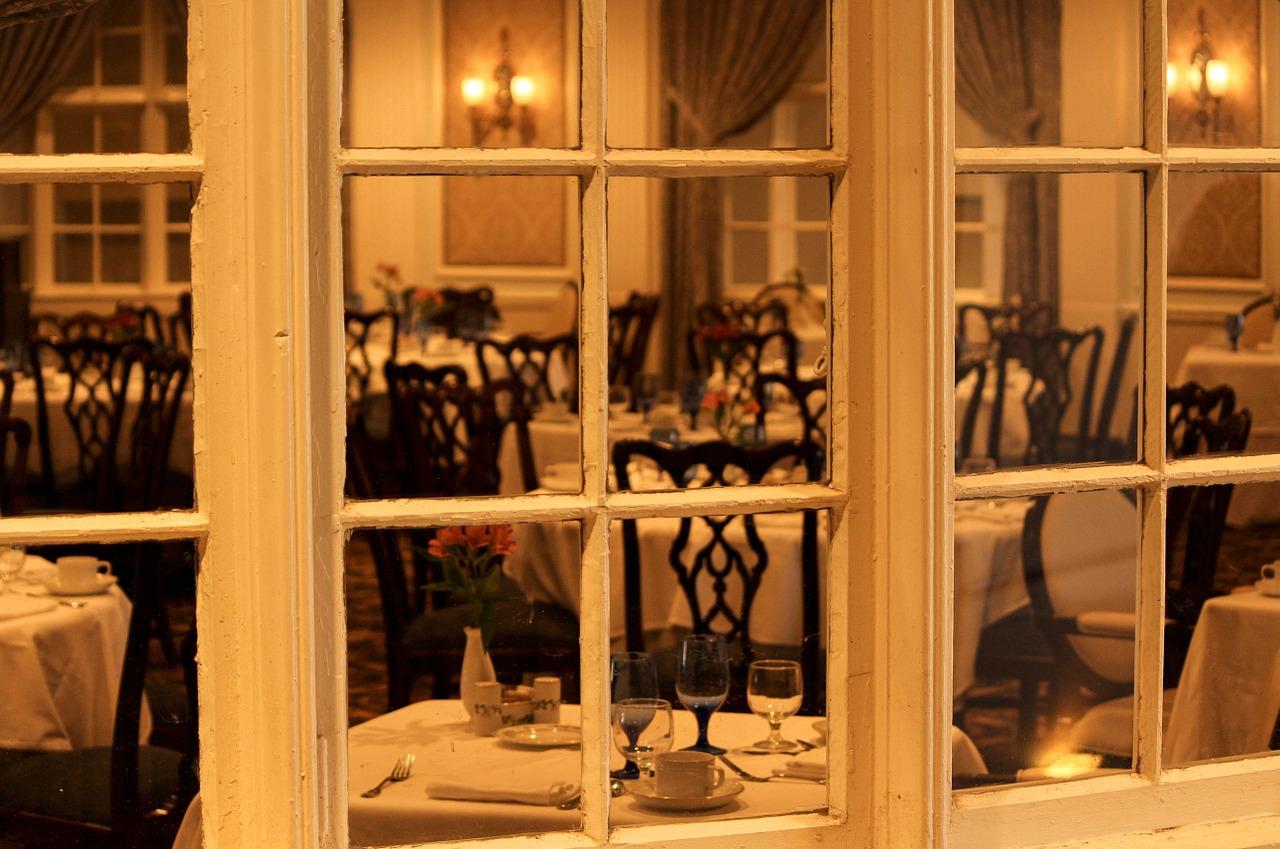 Dinig Room for Ladies Dinner