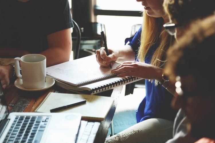 Startup Teens - StartupStockPhoto pixabay.de