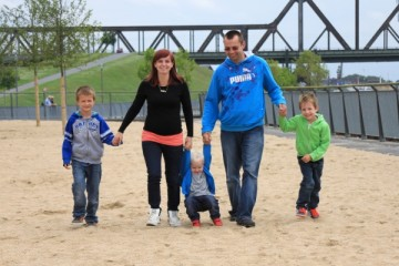 Familie Hand in Hand