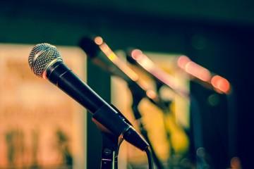 Mikrofon Vortrag Termin