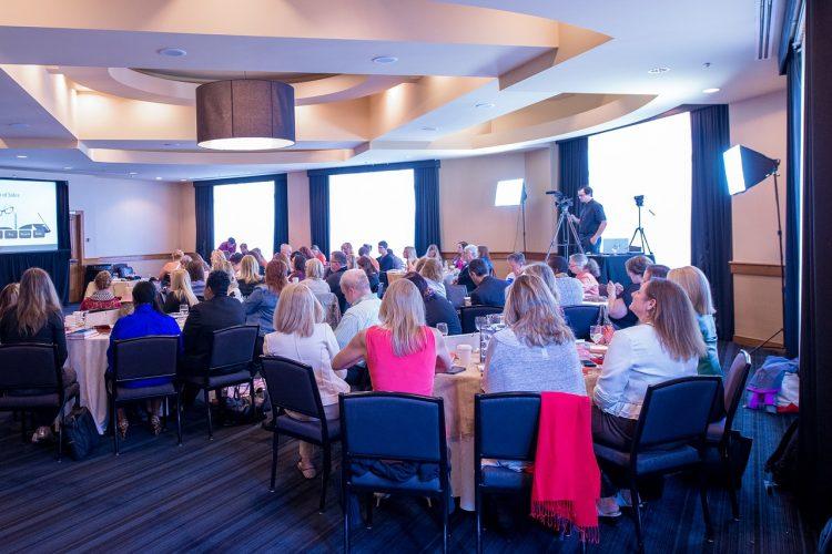 KOnferenz, Meeting, Frauen