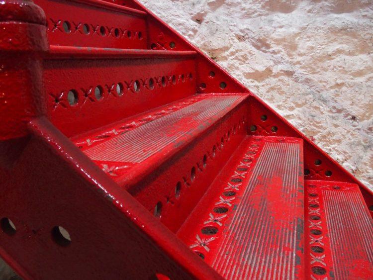 Rote Stufen - Ein systemischer Coach hilft Step by Step