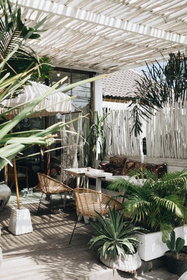Grünes Homeoffice - Schöne Ideen für die Terrasse als Arbeitsplatz